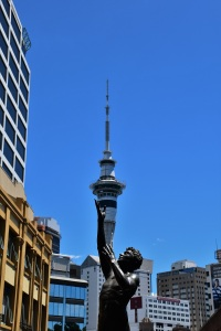 Statue holding the Skytower