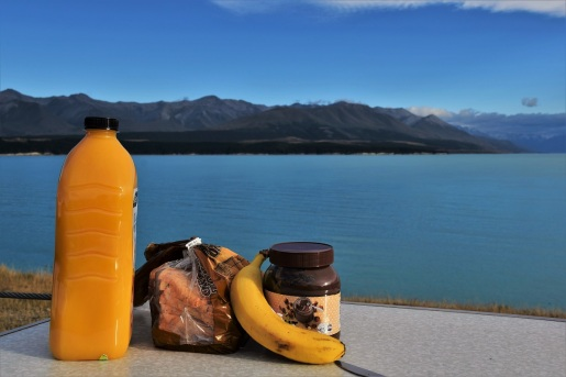Breakfast, Lake Pukaki