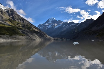 Mount Cook, Hooker Lake