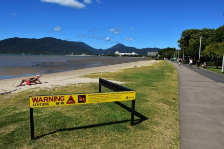 Crocodile warning, Cairns