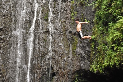 Cliff jumping, Road to Hana, Maui