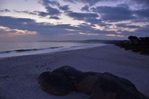 tasmania-binalong-bay-sunrise
