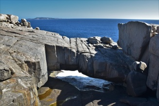 Natural Bridge, Torndirrup National Park