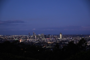 Brisbane at dusk, Mt Coot-tha lookout