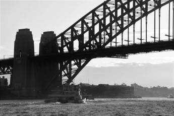Harbour Bridge, black and white