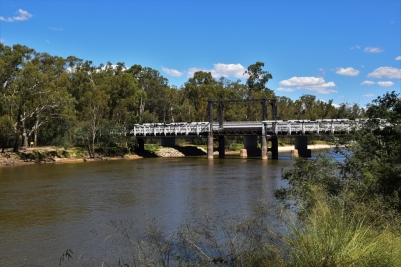 Murray River, bridge