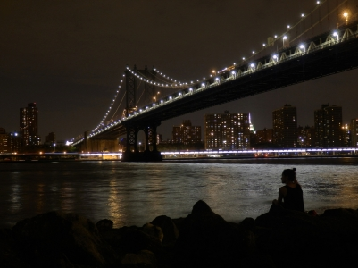 New York, Manhattan Bridge by night