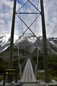 Hooker Valley track, bridge