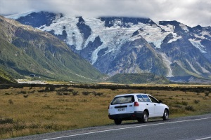 mount-cook-car