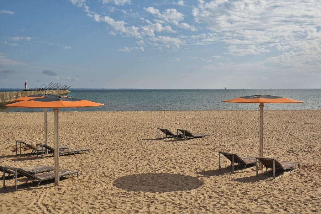 Saint-Nazaire, main beach
