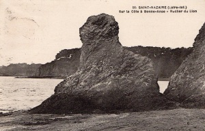 saint-nazaire-rocher-du-lion-old-postcard