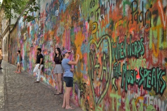 The John Lennon Wall, Prague