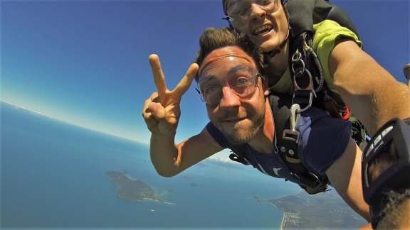 Skydiving in Mission Beach